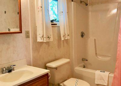 Cottage-3-Bathroom